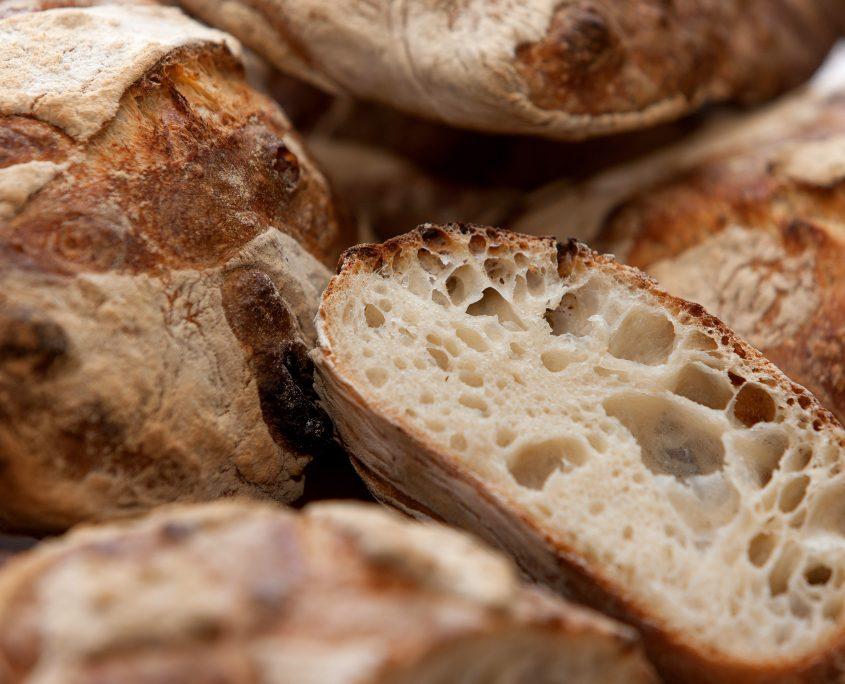 Auberge Poids publics Restaurant pain frais Revel Saint-Fereol Castelnaudary Castres Lauragais